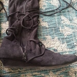 Qupid Shoes - Multiway suede boots